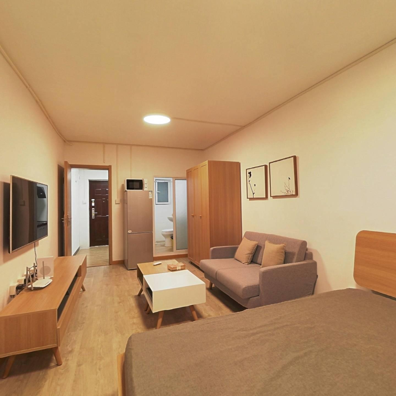 整租·澳门小区 1室1厅 南卧室图