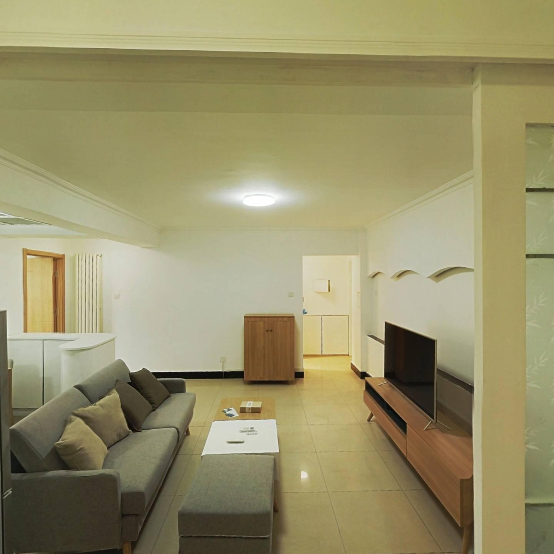 整租·梨园小镇 1室1厅 东卧室图