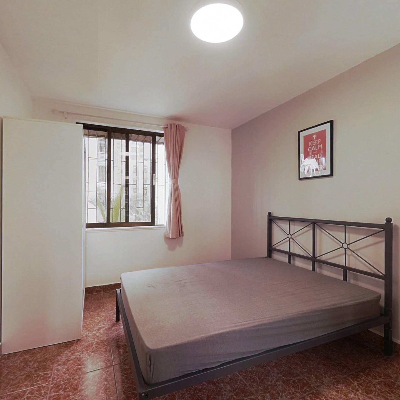 合租·深大新村 4室1厅 南卧室图