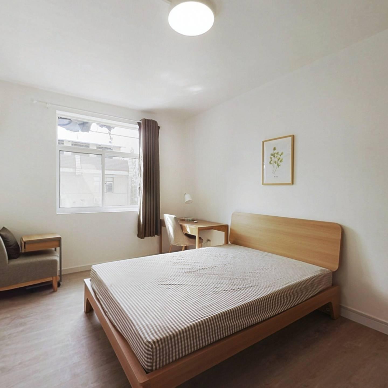 合租·九莲塘 3室1厅 南卧室图