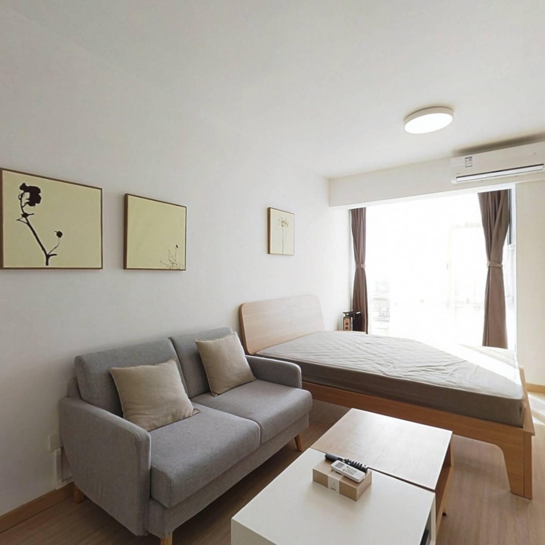 整租·五月华庭 1室1厅 南卧室图