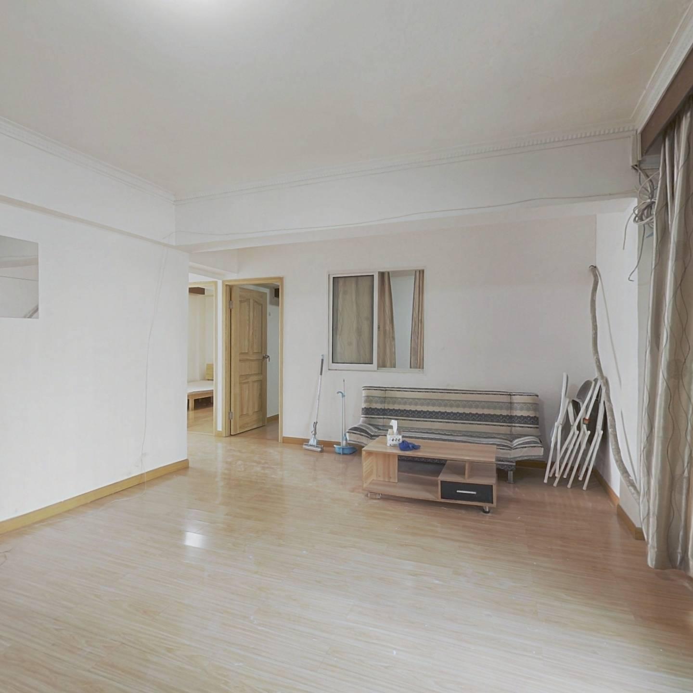 整租·彩虹北路165弄16-30号 3室1厅 东