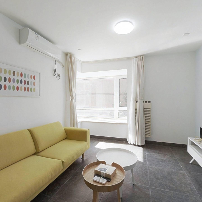 整租·万年花城二期 2室1厅 西北卧室图