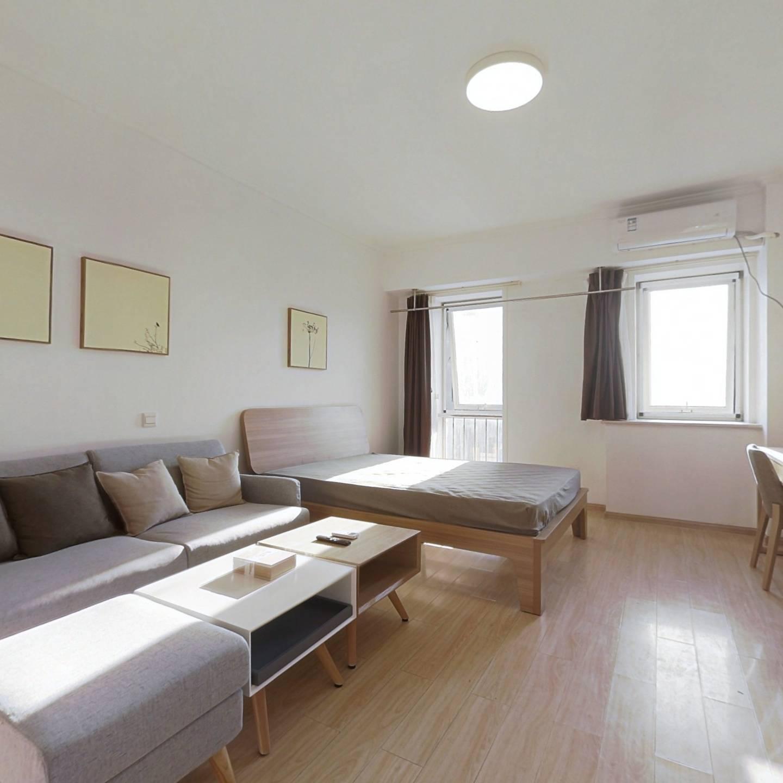整租·远见国际公寓 1室1厅 西卧室图