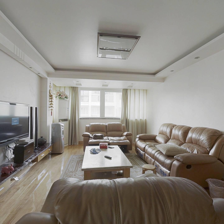 合租·江城世家 4居室 复式 西南卧