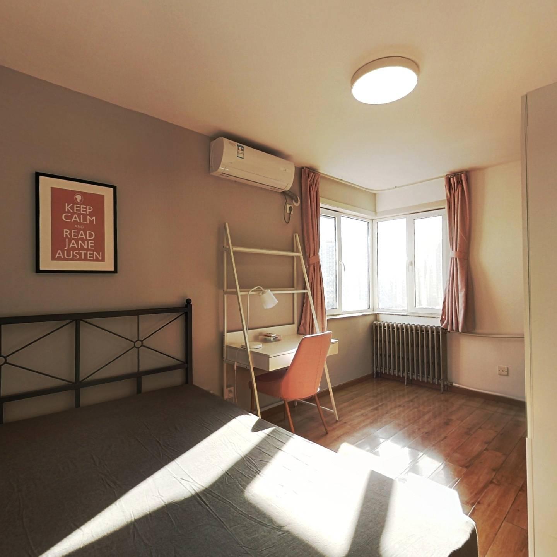 合租·南湖东园二区 3室1厅 东南卧室图