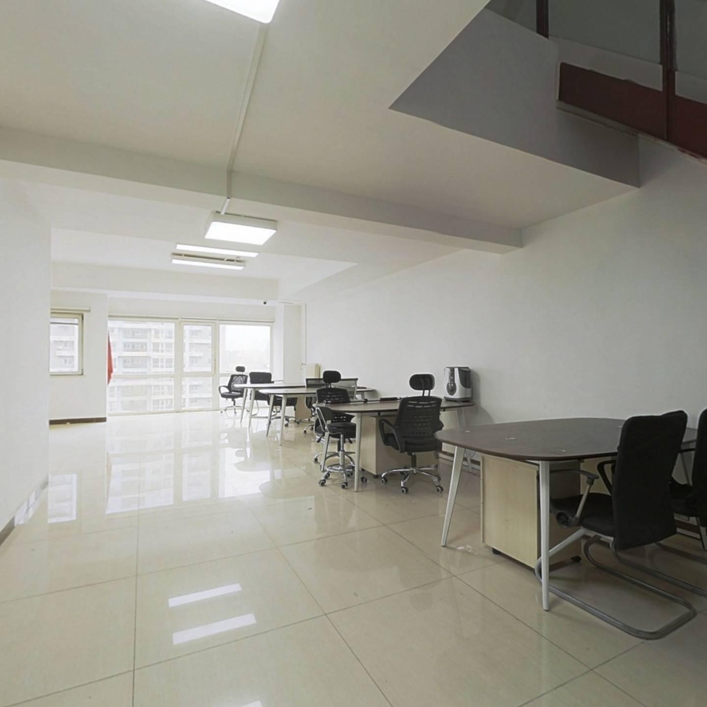整租·SOHO现代城 4室2厅 复式 南