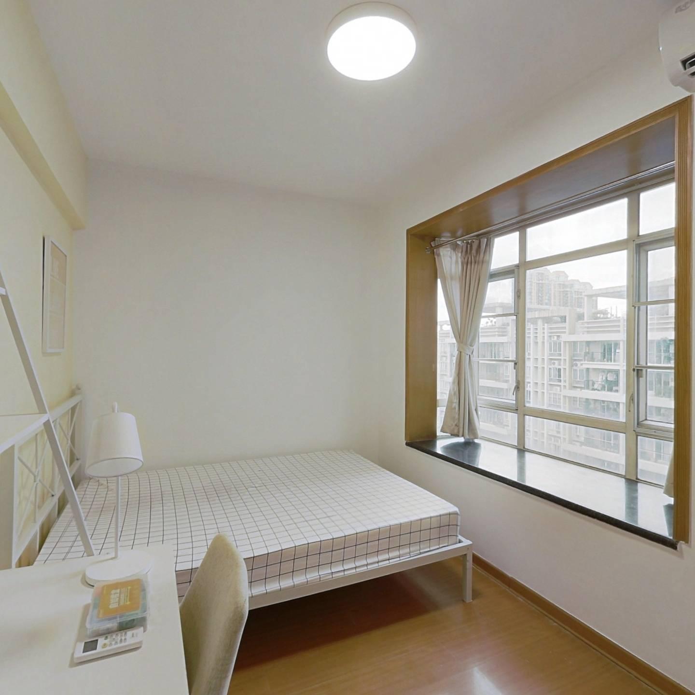 合租·光大花园 4室1厅 南卧室图