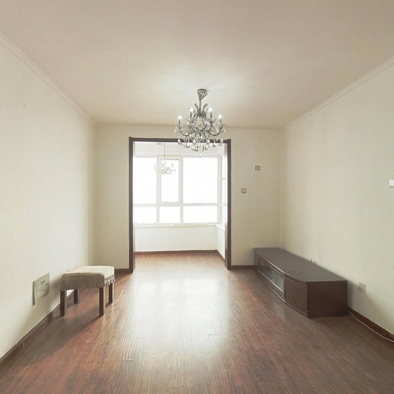 汇川家园  双阳两室   户型好环境好,交通便利。
