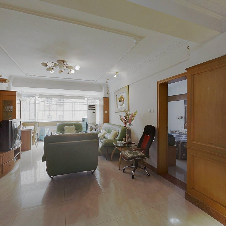 广顺花园 2室1厅 460万