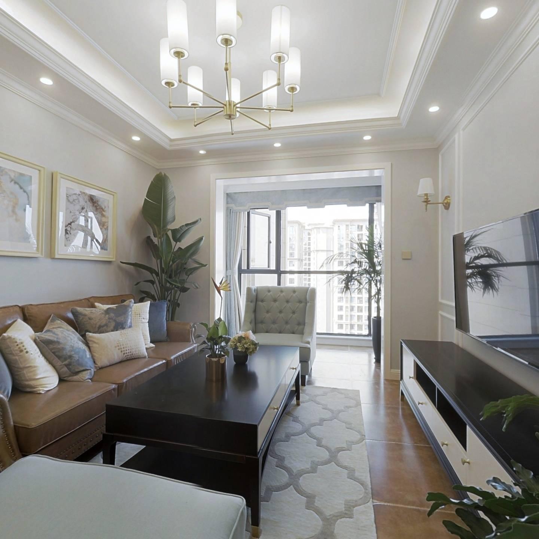 龙湖三千庭精装婚房,保养超级好,视野开阔