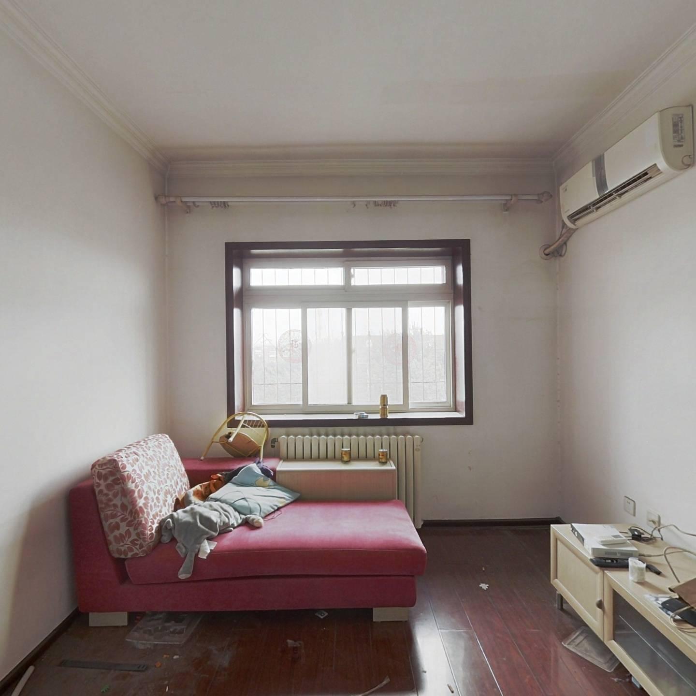 乌江里  2室  南北通透 总价低 随时看房