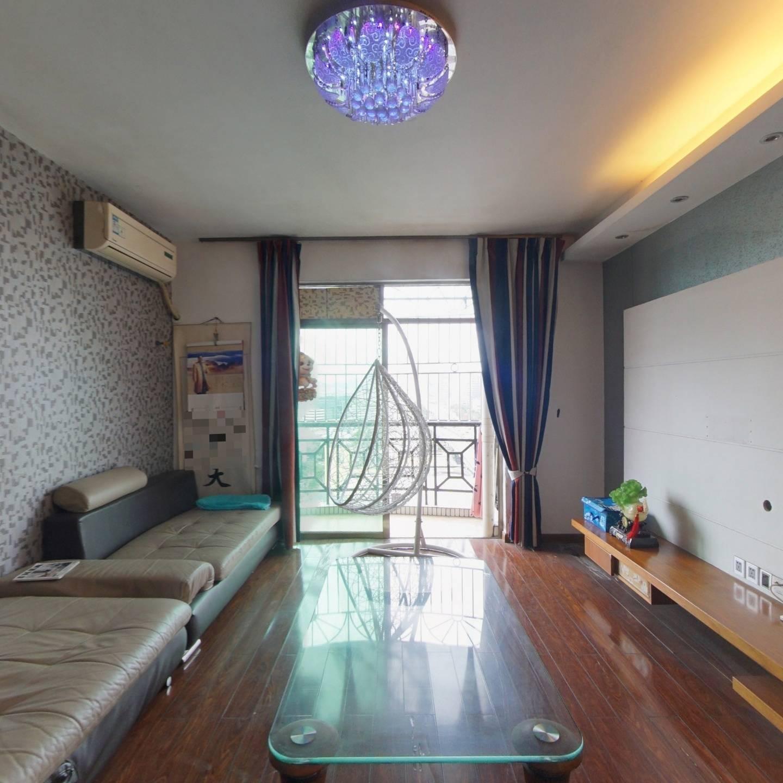 近文锦渡口岸大两房出售,满两年,户型方正实用,