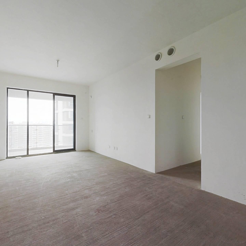 天投北鑫苑中间楼层朝南120平米标准套三双卫
