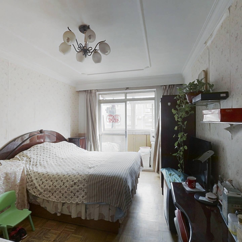 昌宁南里南北通透两居室户型方正业主诚意出售