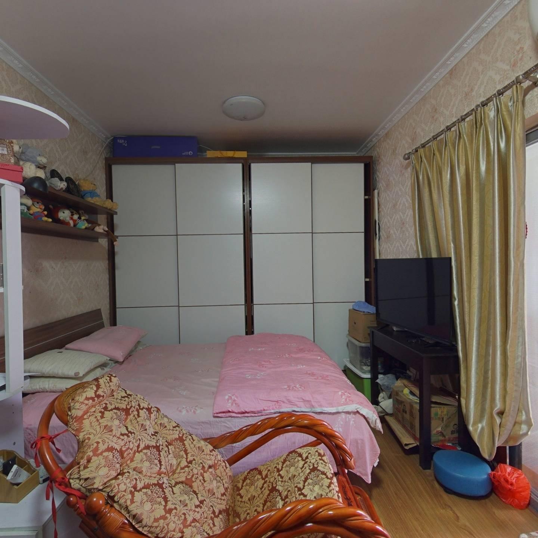 翡翠星光园 1室0厅 南
