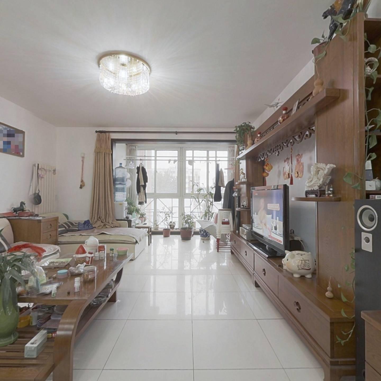 中国房子小区全明格局三居室 带独立餐厅 南北通透