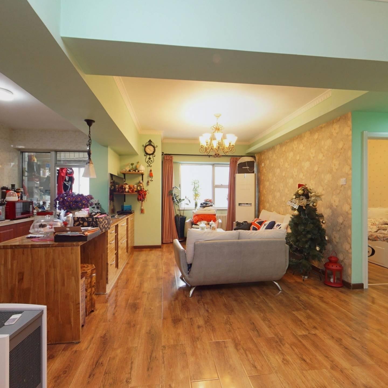 团结湖公园,精装两居室,诚意出售!