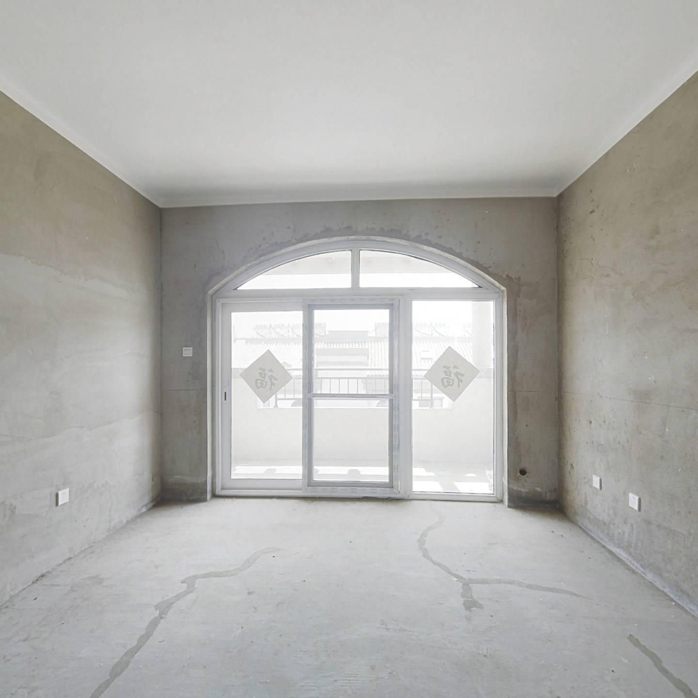 顶层送阁楼的房子值得买吗?看看过来人怎么说,别冲动买错了!
