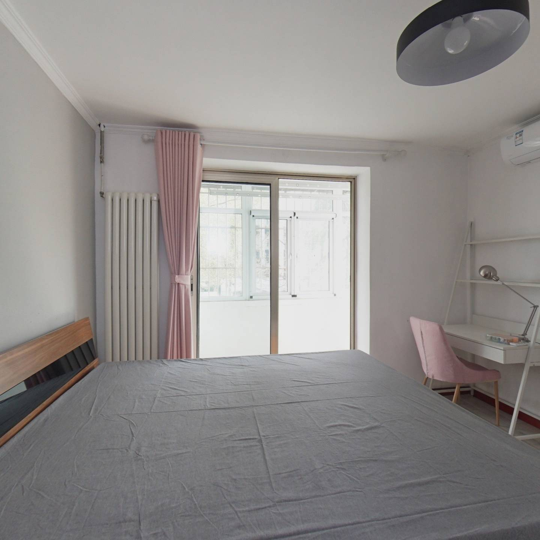 西三环内 全南两居室 装修不错 楼层低