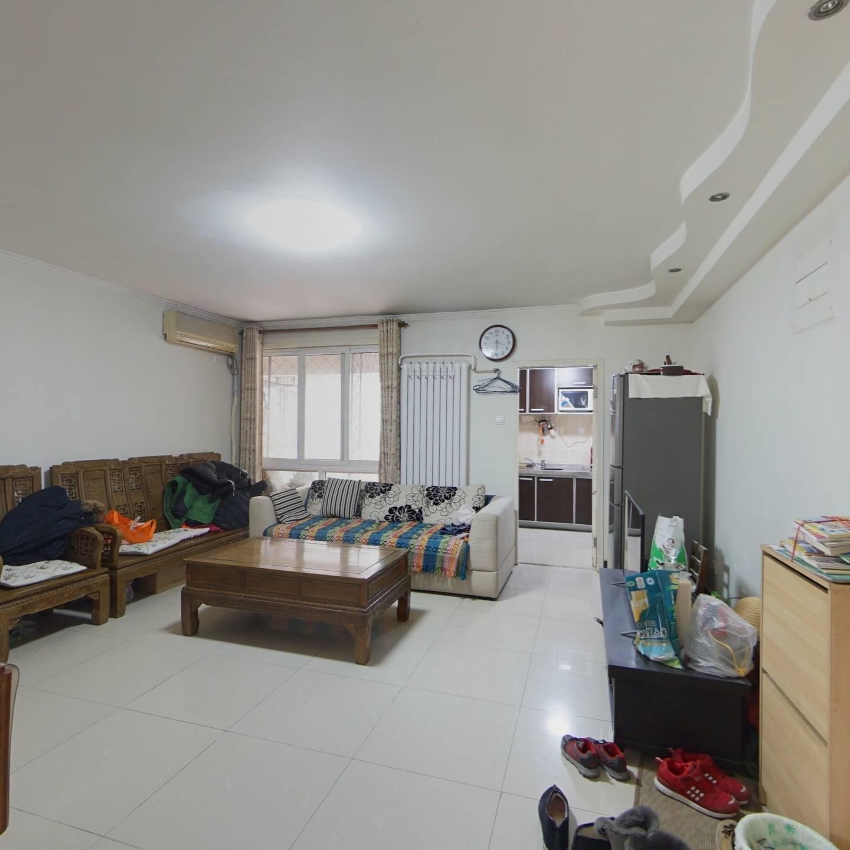 西宏苑 2室1厅 380万