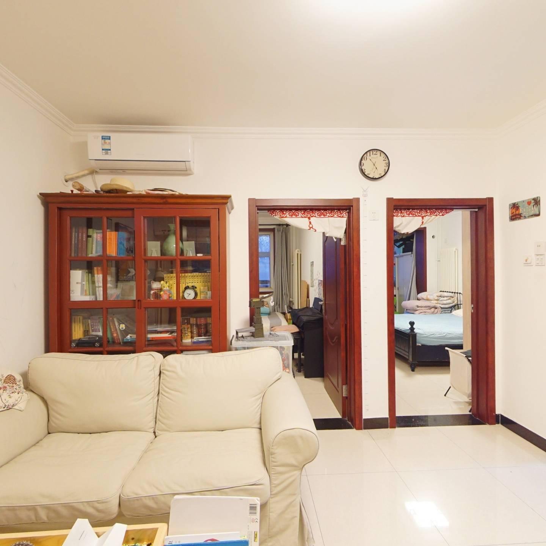 颐和园 西苑 低楼层 精装两居室 看房方便