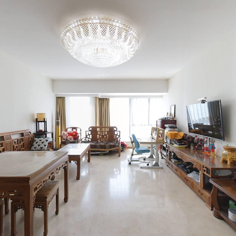国瑞城西区商品房,正规三居室,明厨明卫,采光好!