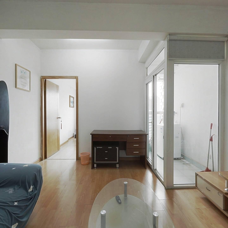 近来福士精装一房一厅,金海岸精一房一厅,业主诚售