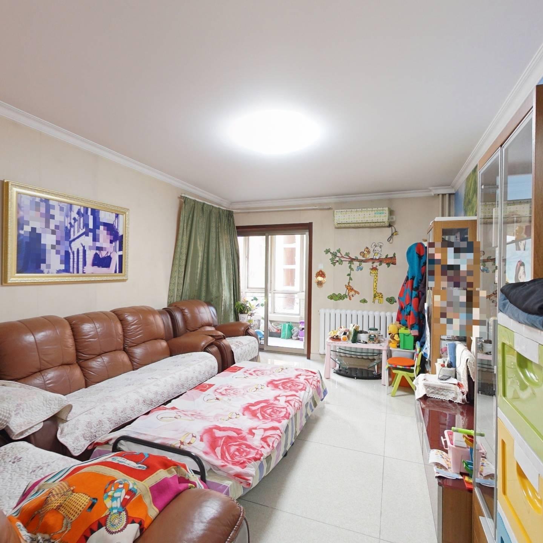华腾园二期 西南两居室 满五年 精装