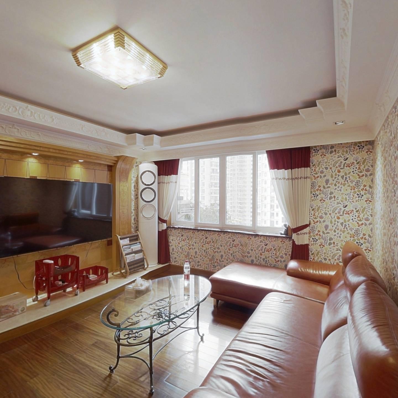 精致宜居装修,2房朝南+1小房间,楼层适中诚意售
