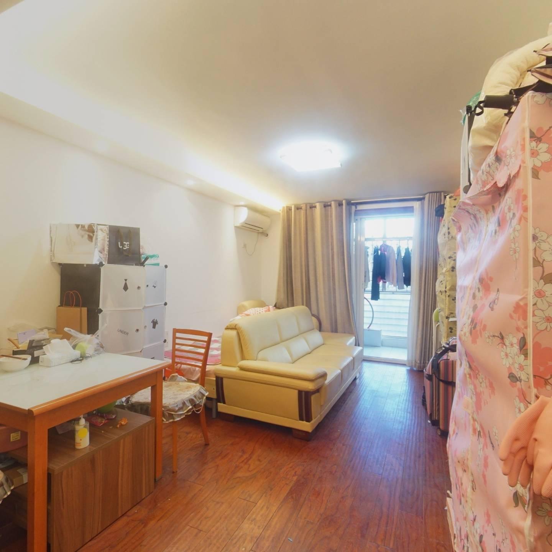 颐慧佳园  装修保养不错的正规一居室