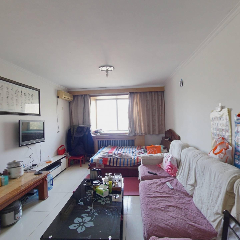 龙脉温泉 1室1厅 西