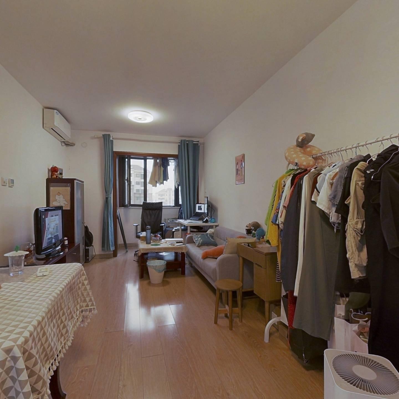 世华龙樾 54.67平米南向一居室 高楼层精装诚心出售