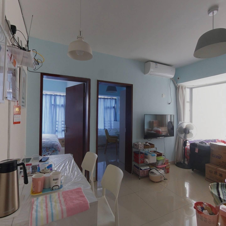 罗湖黄贝岭京基东方都会二房一厅,看古玩城视野开阔