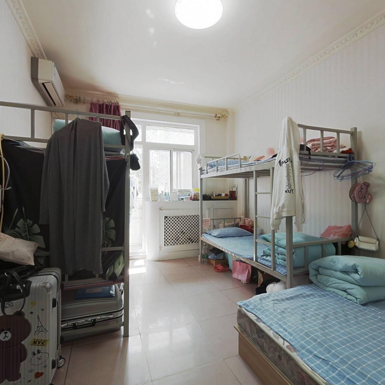 青云北区 2室1厅 640万
