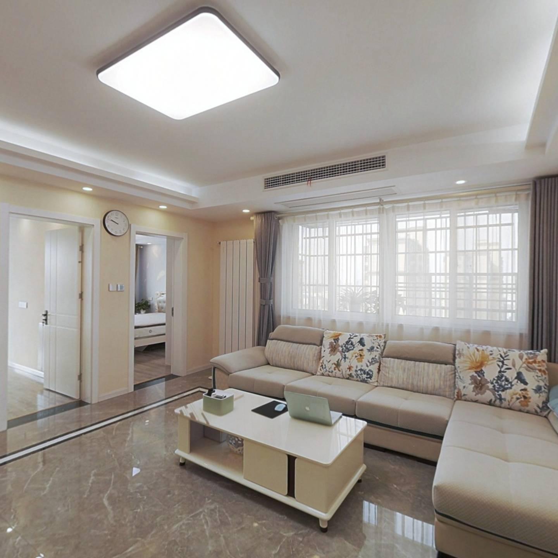 天和豪庭 精装三房 通透户型 看房方便 满两年
