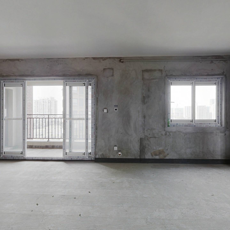 金科天宸七街区 4室1厅 148万