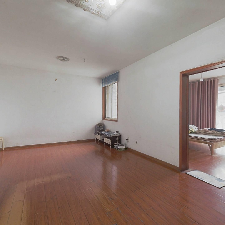 大富绿洲 房主诚心出售 看房方便 价格实惠