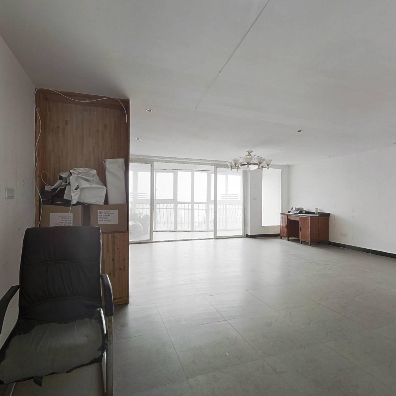 整租·金色家园(南岸) 5室2厅 跃层 西南