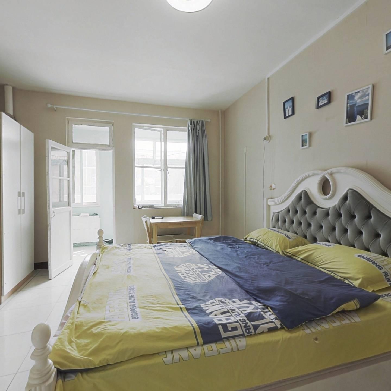 双安青年公寓 普通住宅 套内面积大 无遮挡