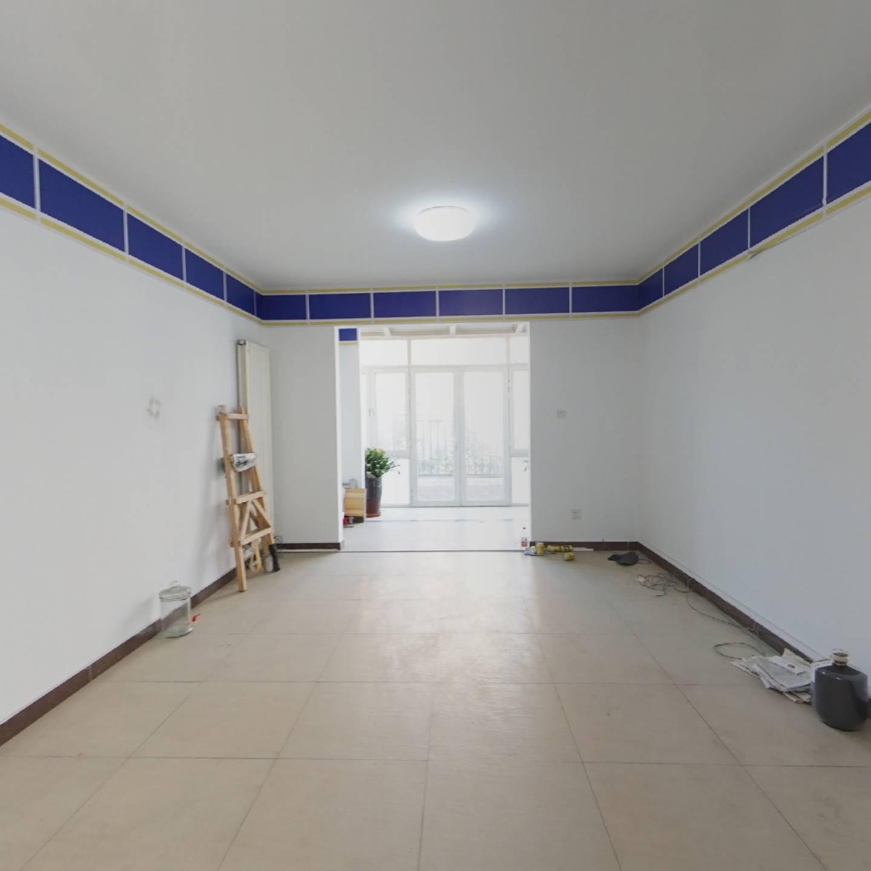 中海城香克林 2室1厅 东