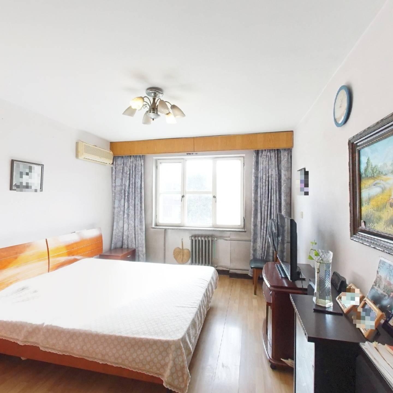 优质价格合适南北通透三居室格局方正随时看房