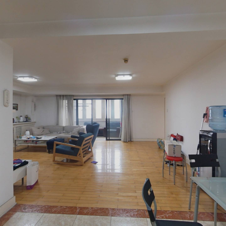 三环内两居室 满五年家庭名下一套房产 单价不到5.8万