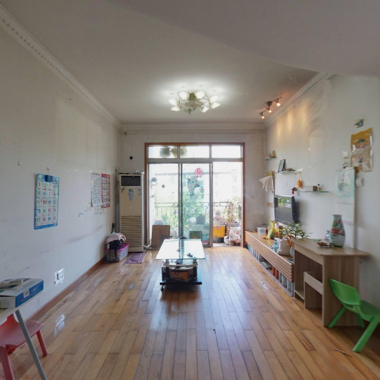 朝南满五年,红本,唯一,采光通风效果好,标准两房。