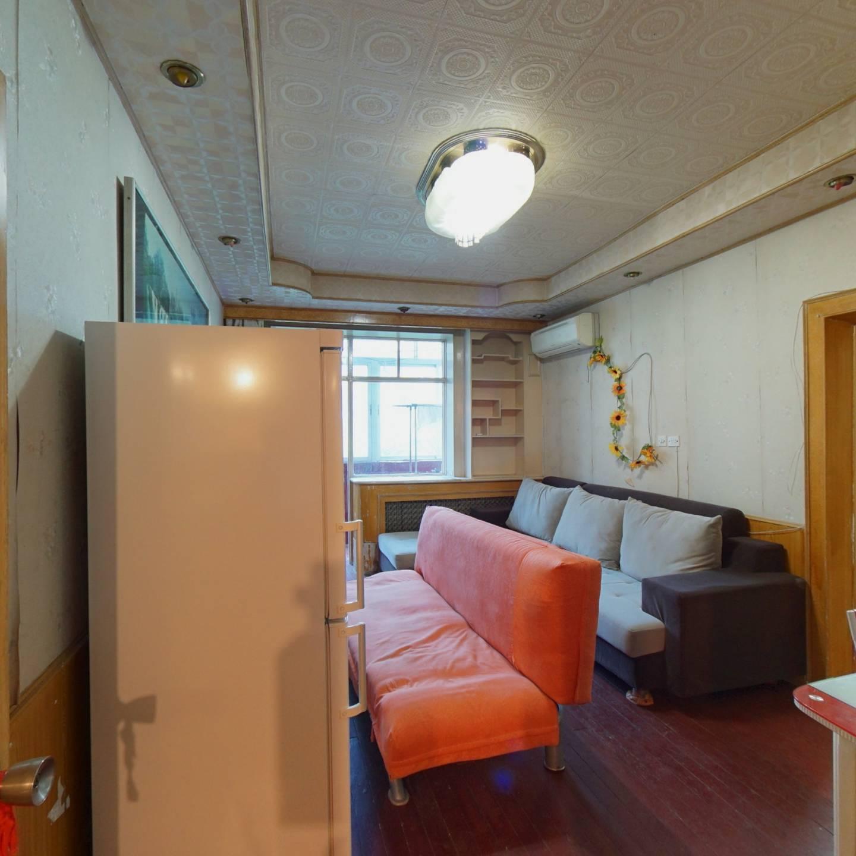 中南路,两室单价低,采光好,可塑性强