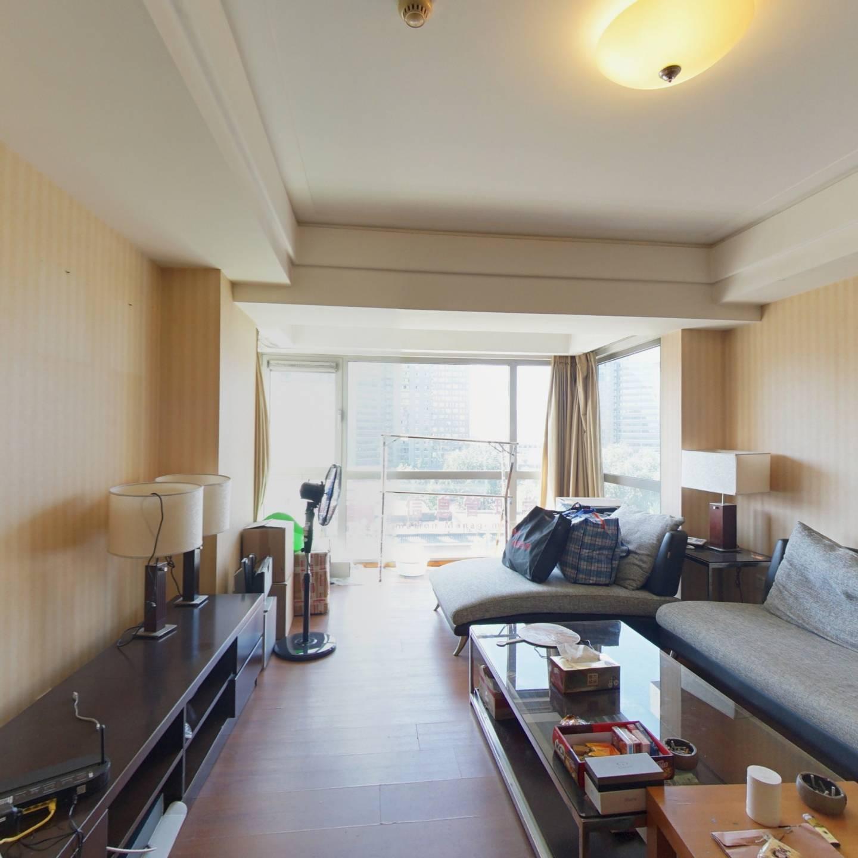 朝西向 正规一居室 精装修 台湾开发商