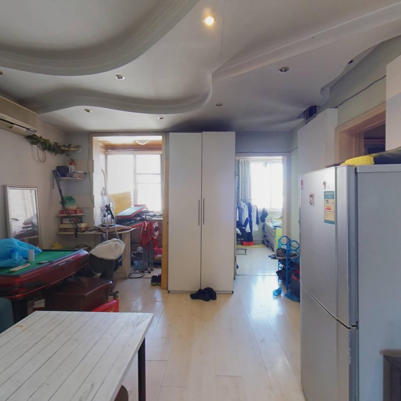 高层三居室,视野好,业主诚心卖,看房方便