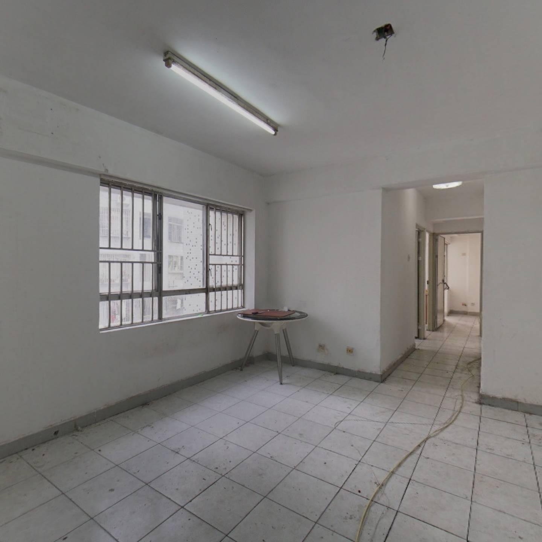 国贸商圈 东海大厦 正规三居室 户型方正