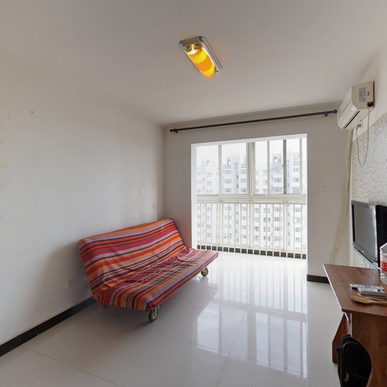 郁花园三里 带电梯的正规纯南一居室 业主诚意出售