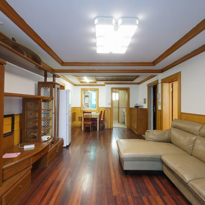 好楼层,正气三房,南北通,厨卫全明,钥匙房总价低